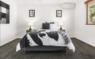 Scilla Bed 2 (2)